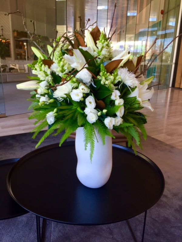 White and Green Reception Vase Arrangement